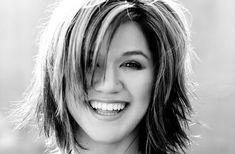 Келли Кларксон перепела хит «Stay With Me» Сэма Смита http://muzgazeta.com/pop/201439988/kelli-klarkson-perepela-xit-stay-with-me-sema-smita.html