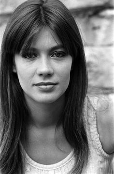 An homage to Françoise Hardy and other French singers. French Beauty, Timeless Beauty, Classic Beauty, Françoise Hardy, Beyond Beauty, Belleza Natural, Woman Crush, Sensual, Belle Photo