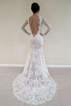 Hey, diesen tollen Etsy-Artikel fand ich bei https://www.etsy.com/de/listing/474463334/open-back-lace-wedding-dress-long