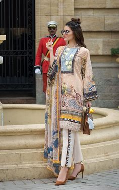 Threads & Motifs Luxury Lawn Collection 2019 – Design - 5623 - Source by - Pakistani Casual Wear, Latest Pakistani Dresses, Pakistani Dress Design, Pakistani Outfits, Indian Outfits, Latest Pakistani Fashion, Pakistani Lawn Suits, Pakistani Dresses Online, Pakistani Designers