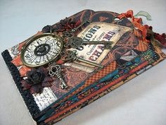 Steampunk Spells mini album made from Graphic 45 Large Tag Album Staples. by Annette Green Graphic 45, Halloween Mini Albums, Halloween Crafts, Halloween Cookies, Halloween Ideas, Mini Scrapbook Albums, Scrapbook Paper Crafts, Paper Crafting, Papel Scrapbook