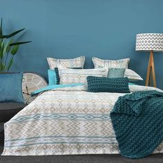 Various shapes in linen and aqua tones for a modern contemporary colour scheme and design...#quiltcovers #doonacovers #superkingquiltcovers #superkingbedlinen #bedlinen #linen #bedding #kingsheets #superkingsheets #quiltcover #homedesign #linen King Beds, Queen Beds, Double Quilt, Superking Bed, Single Quilt, King Sheets, Queen Quilt, Mattress Protector, Quilt Cover Sets