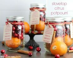 This easy citrus potpourri (simmered on the stovetop) is the perfect antidote to those winter blues! Handmade Christmas Gifts, Christmas Gift Guide, Homemade Christmas, Christmas Diy, Xmas Gifts, Christmas 2019, Christmas Neighbor, Christmas Planning, Christmas Stocking