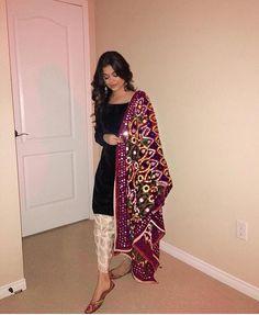 indian fashion Angles of shoot - Indian Suits Punjabi, Indian Attire, Indian Wear, White Punjabi Suits, Punjabi Suits Party Wear, Indian Party Wear, Pakistani Fashion Casual, Pakistani Wedding Outfits, Indian Fashion