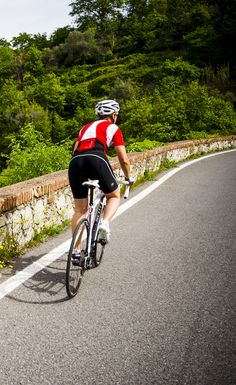 Wearing Endura Women s Collection  FS260-Pro Jersey and FS260-Pro Bibshort.  Cycling 7427a4ba2