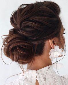 Elegant Wedding Hair, Wedding Hair And Makeup, Wedding Hair Brunette, Brunette Wedding Hairstyles, Messy Wedding Hair, Elegant Updo, Elegant Bride, Up Hairstyles For Wedding, Brown Wedding Hair