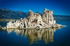Lago Mono, California: paisajes bonitos #paisajesbonitos #paisajes #paisajeshermosos #landscape #view #landscapephotography #landscapelover #beautifulworld #naturaleza #nature #dejarsinaliento #breathless #breathtaking #breathtakingview #naturephotography #lago #lake #caliza #torresdecaliza #lagomono #lakemono #monolake #monolakecalifornia #tufatowers #california #californianature