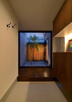 天然木を使用した中庭のある家・間取り(東京都大田区) | 注文住宅なら建築設計事務所 フリーダムアーキテクツデザイン