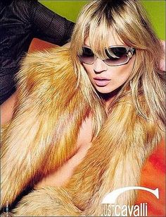 Blue chip super Kate Moss will be the face of Just Cavalli's Spring '09 campaign.  She previously posed for his Fall/Winter '07-'08 campaign, a shoot which notoriously involved then-boyfriend Pete Doherty looking a touch handsome.  The current ads prominiently feature Kate in big sunnies draped in fur.  Always glamorous, Mlle Moss!