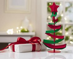 PartyLite's new Felt Tree Holder attracts attention wherever it is placed! Thanks to its playful interpretation of a Christmas tree and the use of SmartScents by PartyLite, this felty fellow takes centre stage in the living room as well as in the children's room. Check out the full range of holders in our catalogue. Grab a copy from your local Consultant or view it online at www.partylite.com.au