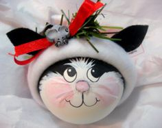 BLACK and WHITE CAT Ornament Paws Christmas di TownsendCustomGifts