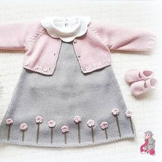 Stricken sie Baby Kleidung The Effective Pictures We Offer You About pulli sitricken drops A quality Baby Booties Knitting Pattern, Baby Boy Knitting, Baby Knitting Patterns, Knitting For Kids, Baby Sewing, Easy Knitting, Knit Baby Dress, Crochet Baby Clothes, Wool Dress