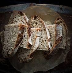 Guinness-tattarileipä hapanjuureen   My Vintage Cooking Graham Flour, Buckwheat Bread, Vintage Cooking, Sourdough Recipes, Irish Recipes, 200 Calories, Sweet Notes, Artisan Bread, Guinness