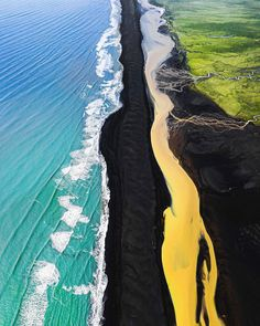 "Sebastian, Zurich 🇨🇭 on Instagram: ""The colors of Iceland 2020 #hellofrom #fromwhereidrone #beautifulnature #iceland #dronephotography #artofinstagram #natgeoyourshot #nature…"" All Nature, Nature Images, Amazing Nature, Yellow River, Beach Please, Nature Landscape, Green Fields, Black Sand, Ocean Waves"