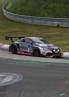 Raeder-Audi TTRS • 24h 2014 • Die Rennversion des TT hat Raeder-Motorsport im Auftrag vom Audi Kundensport entwickelt. Mit 180 000 Euro ist man dabei.