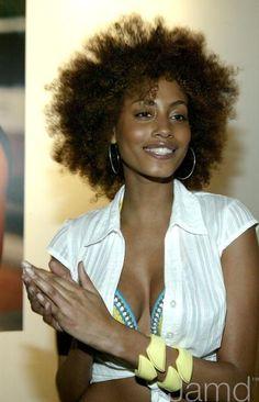 Natural hair of a black woman!  Looooovah this!