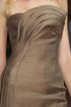 Armani Privé at Couture Fall 2010 (Details)