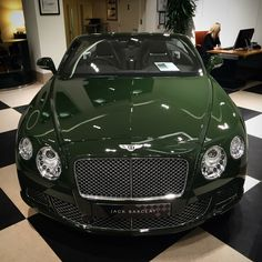 Fancy Cars, Retro Cars, Supercars, Suv Range Rover, Bentley Convertible, Bentley Gt, Go Car, Top Luxury Cars, Lux Cars