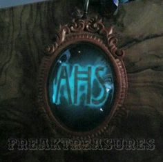 Guess what's inspired this resin cameo! Tomorrow available in our Etsy shop!! Don't miss it  Riuscite ad indovinare a cosa si ispira questo cammeo realizzato in resina fosforescente?  Sará disponibile domani nel nostro negozio Etsy!!  #ahs #elsamars #glowinthedark #freakemporium #freaktreasures #freakshow #resinjewelry #resina #handmadewonders #handmade #handmadejewelry #americanhorrorstory