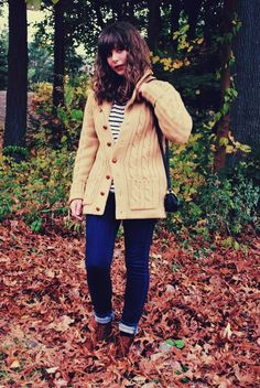 Such a cute fall outfit.