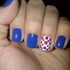 Working on my patriotic nails <3