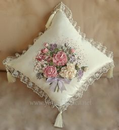 Wonderful Ribbon Embroidery Flowers by Hand Ideas. Enchanting Ribbon Embroidery Flowers by Hand Ideas. Ribbon Embroidery Tutorial, Silk Ribbon Embroidery, Hand Embroidery Designs, Embroidery Patterns, Ribbon Art, Ribbon Crafts, Ribbon Flower, Brazilian Embroidery, Fabric Flowers