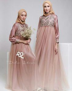798 Likes, 5 Comments - Bridesmaid Muslim Wedding Gown, Muslimah Wedding Dress, Wedding Gowns, Muslim Fashion, Modest Fashion, Hijab Fashion, Fashion Dresses, Batik Dress, Kebaya