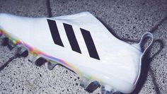 Closer Look | adidas Glitch Football Boots