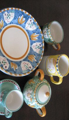 Vietri Sul Mare Campagna Ceramics...so cheerful and fun