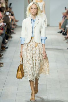 Basically, I'm in love with Michael Kors entire spring line.  Michael Kors Spring 2015 Ready-to-Wear - Collection - Gallery - Look 1 - Style.com