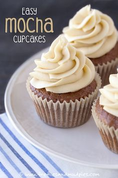 How to make sweet and delicious Mocha Cupcakes! This recipe is so easy! #ad