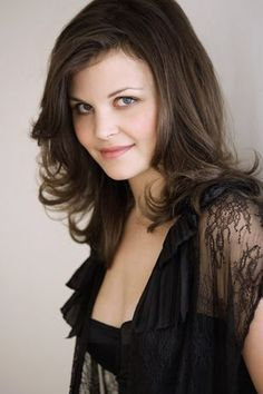 ginnifer goodwin-  I love the long layers and how it frames her face.