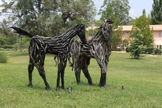 More sculptures this time by Vicki Blazely at The Gate Gallery Wollombi Sculpture in the Vineyards, Wollombi, NSW Hunter Valley, Australia