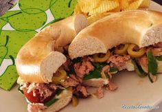Bagel de atún light #RecetasGratis #Recetas #RecetasFáciles #Cena #CenaLigera #Dinner #Sándwich #Bagel