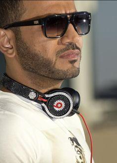 Marwan Parham Al Awadhi (commonly known as DJ Bliss) is an Emirati disc jockey, emcee, TV presenter and radio personality working in Dubai. #DJ #Emcee #TVpresenter #Radiopersonality #DjBliss #MarwanParhamAlAwadhi #RnB #HipHop #ElectroPop #House #Dubai #VirginMegastore #TimeOut #AbuDhabi #Cosmopolitan #Radio1UAE #KardinalOffishall #Wyclef #DubaiWorldCup #Formula1 #BurjKhalifa #Beyonce #Aerosmith #AlwiyaAlThan #Chrysler #ConnectApp #BlissIncEntertainment #QB7 #TRFOnline #TheRealFlava