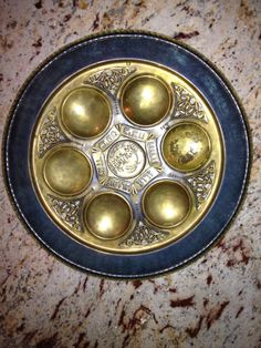 How to Assemble a Seder Plate