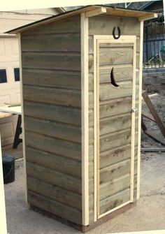 OUTHOUSE Full-size Garden Shed Tools Wood Outdoor Cowboy Cabin Rustic