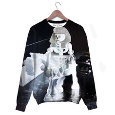 printed sweater Mupio by Artysta i Sztuka Available here: http://mupio.pl/ designer: Zbigniew Gorlak