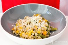 Krupoto so zeleninou - recept pre deti   mozessavydavat.sk Grains, Rice, Food, Meal, Eten, Meals, Jim Rice, Korn, Brass