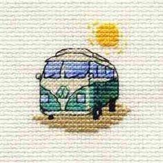 Green Camper Van Cross Stitch Kit: Cross stitch (Mouseloft, 004-K01stl)