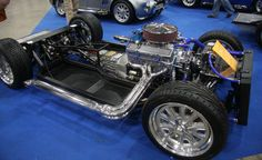 AK_427_Cobra_replica_rolling_chassis_-_Flickr_-_exfordy_(2).jpg 3,888×2,376 pixels