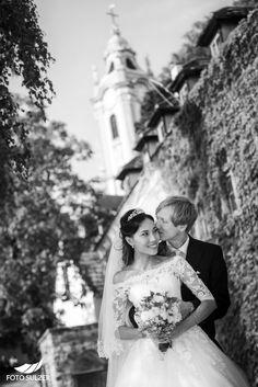 Hochzeit in Dürnstein in der Wachau - Hyerim & Christoph - Roland Sulzer Fotografie GmbH - Blog Blog, Wedding Dresses, Fashion, Engagement, Dress Wedding, Pictures, Bride Dresses, Moda, Bridal Gowns