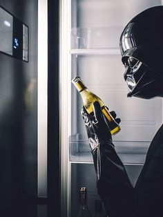 The Daily Life Of Darth Vader By Paweł Kadysz Bialystok Poland - Dark Side - Star Wars - Sith Lord - The Emperor - Funny Photos - Think Geek - Photo Project - Hunting+by+D.+Vader+on+tookapic Simbolos Star Wars, Lego Star Wars, Star Wars Poster, Film Disney, Sith Lord, Star Wars Wallpaper, Photo Series, Photo Projects, Dark Art