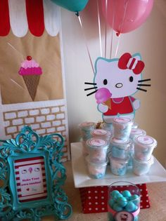 hello kitty birthday party ideas | Hello Kitty / Birthday / Party Photo: