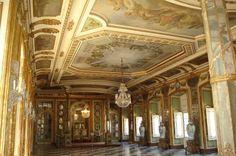 Queluz Hall of Ambassadors.JPG