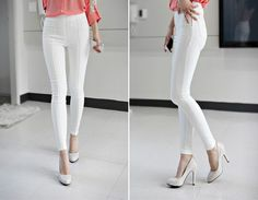White heels + white pants. Perfect summer outfit.