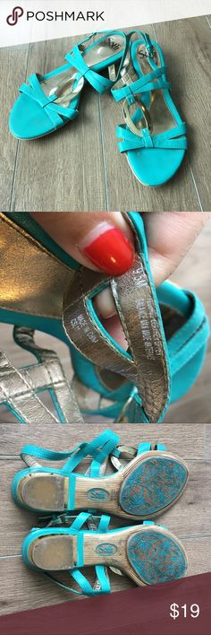 Sofft strappy sandals teal 💋Super stylish and comfy. From non-smoking, non-pet home.   💋Add to bundle to save on shipping costs! Don't forget to add any two things in my closet and receive an extra 10% off! no trades.  💋About me: Please buy with confidence. I work to make sure my clients are happy! I buy similar styles, trends,brands and sizes, please follow me to see new styles added every day. Sofft Shoes Sandals