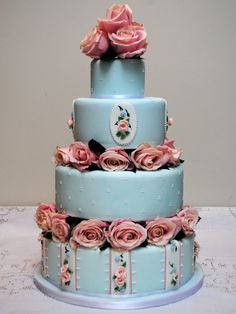 Cake-love this color of blue