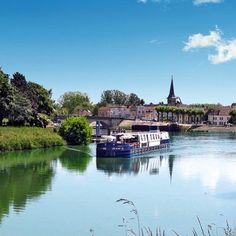 #msjeanine in #saintjeandelosne wouldn't you like to join on the river cruise?