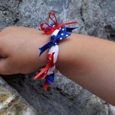 Easy DIY 4th of July Bracelet for kids